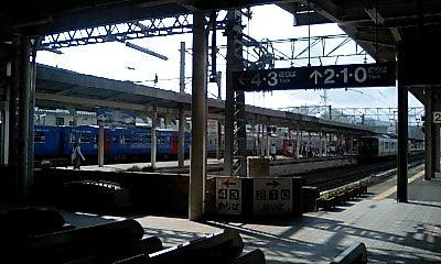 Nagasaki_stn_platform